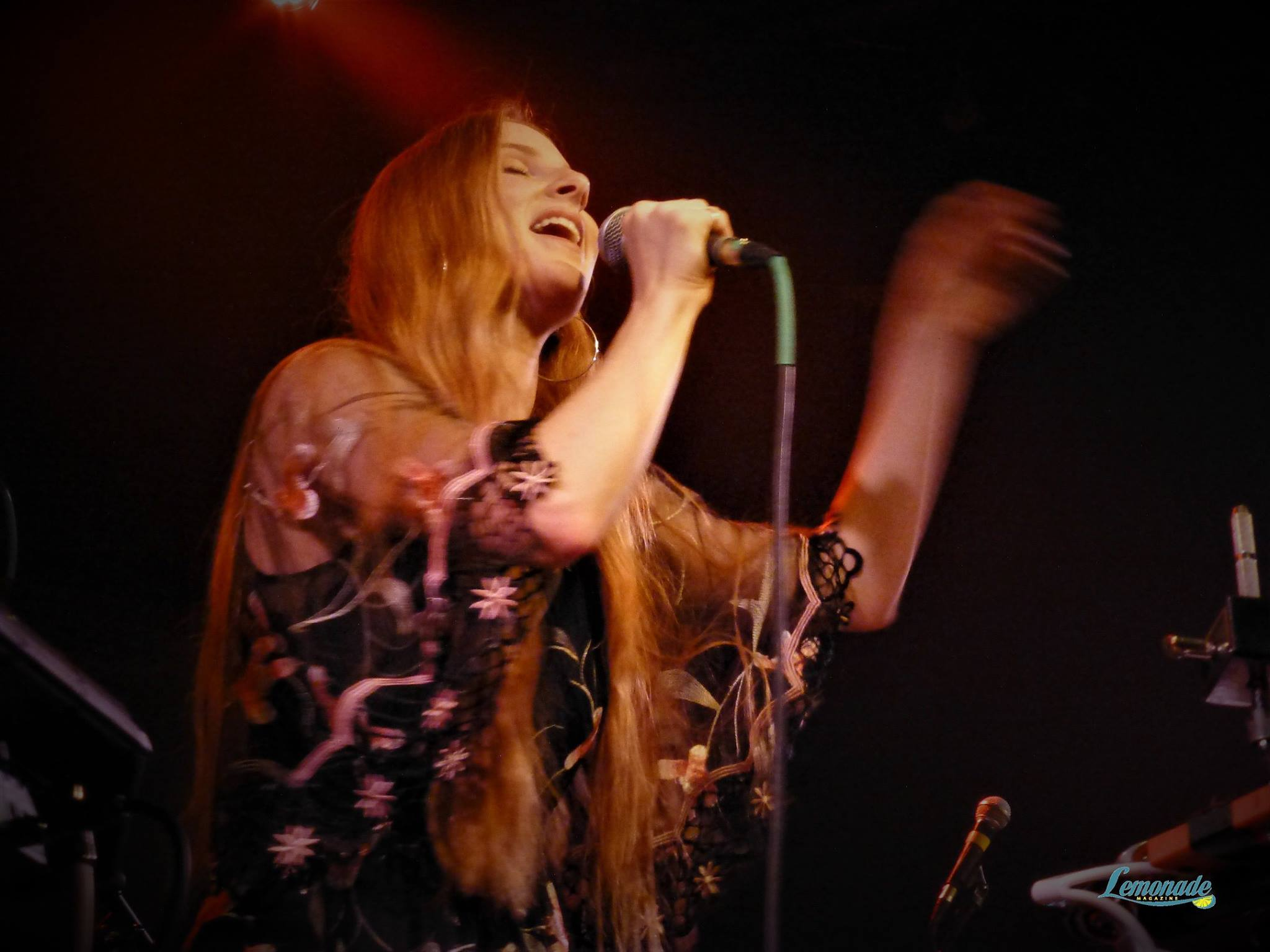 Vera Blue - Photo by Aaron Mannari